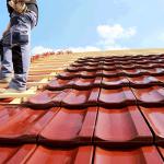 Astuces pratiques pour maîtriser votre budget en travaux de toiture